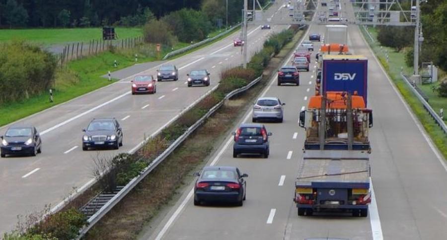 Autósok figyelem! Aszfaltba rejtett mérőszenzorokat helyeznek ki! Itt az országos lista.