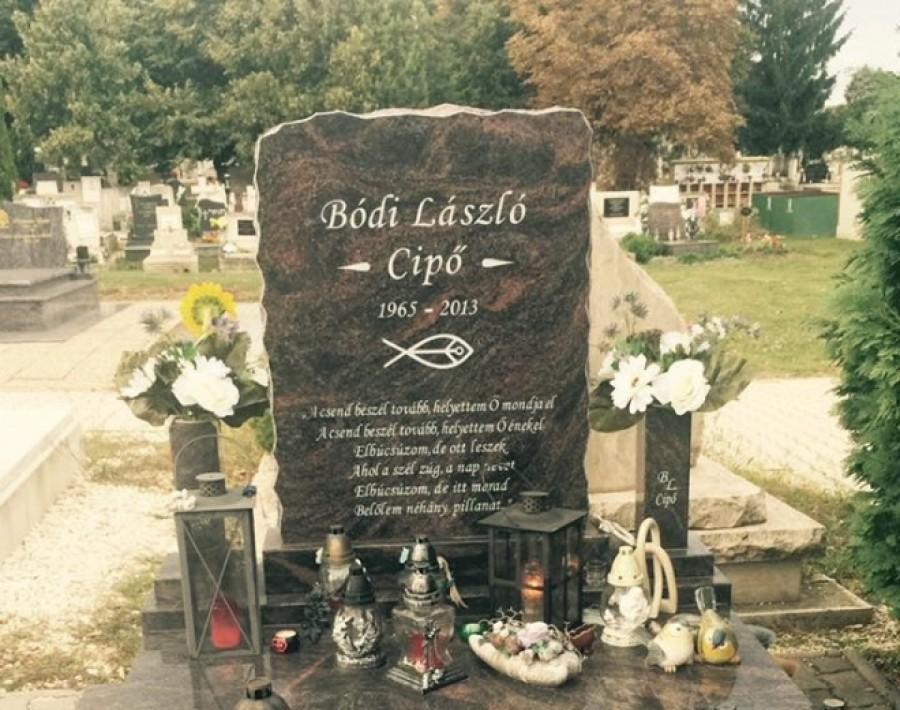 Tudtad mi van ráírva Bódi László sírkövére? Örök érvényű igazság...