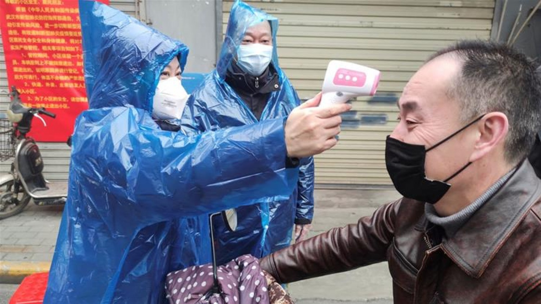 Újra drasztikusan emelkedett az új koronavírusos fertőzöttek száma Kínában