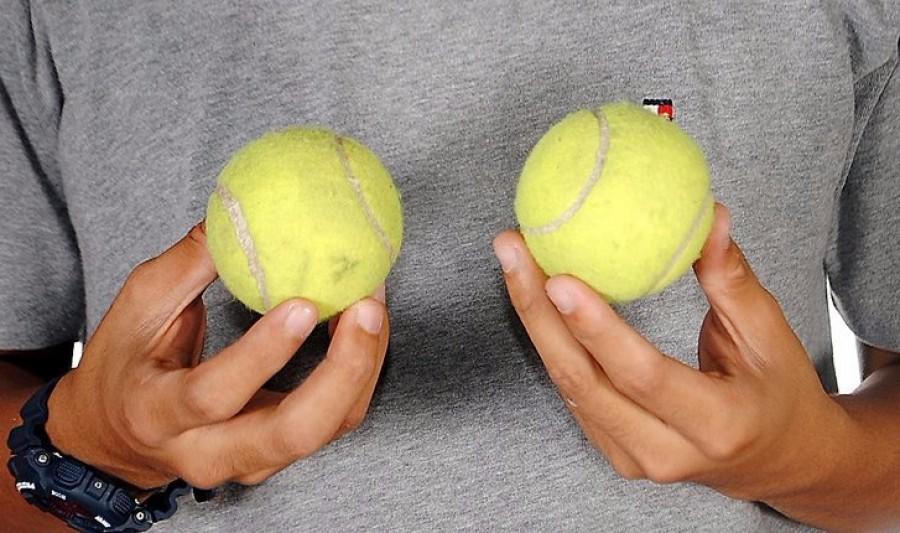 Ha hosszú útra mégy, mindenképpen tegyél be a táskádba egy teniszlabdát