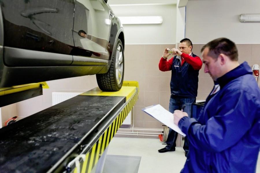 Minden autóst érint! Változik a műszaki vizsga!