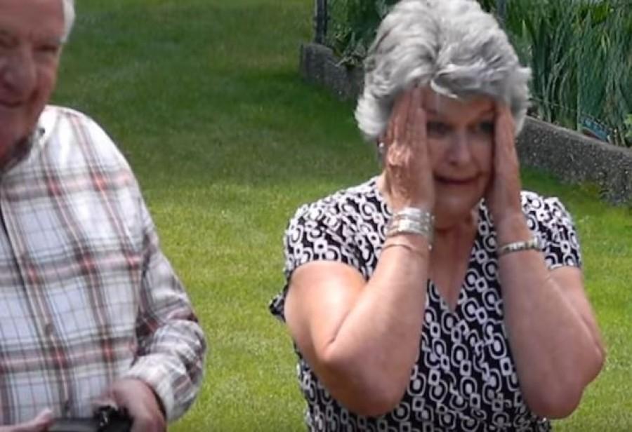 Amikor a nagymama meglátta, milyen ruhát vesz fel az unokája a bankettre, azonnal sírva fakadt