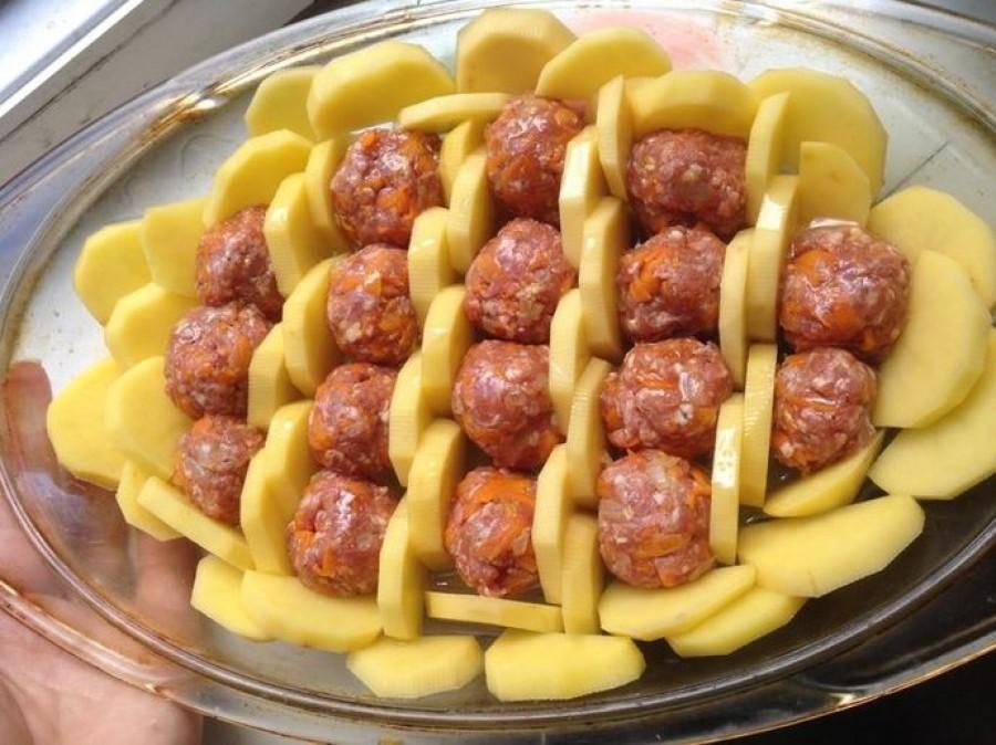 Egy kis újítás a konyhában: isteni húsgolyó recept, amiből csodaszép tálakat tudsz összerakni