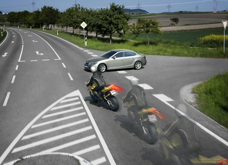 Minden autóvezetőnek érdemes kipróbálni: reakcióidő teszt