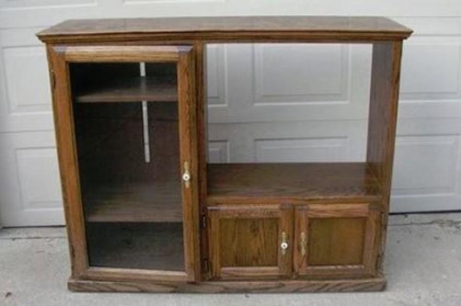 Nem volt szívük kidobni a régi tévés szekrényt. Ez lett belőle!