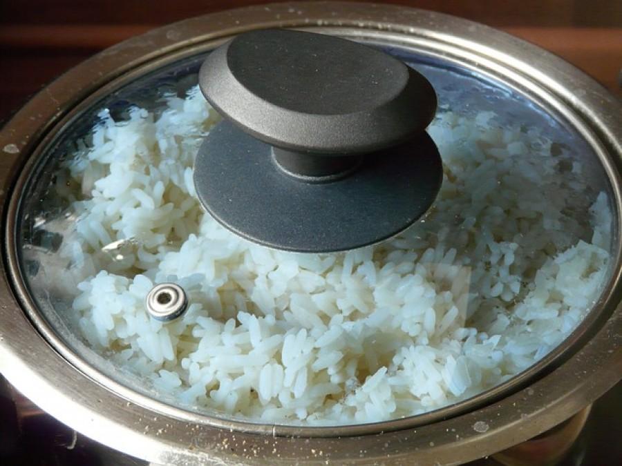 Örökre búcsút vehetsz ezzel a trükkel a ragadós, szétfőtt és kásaszerű rizsnek!